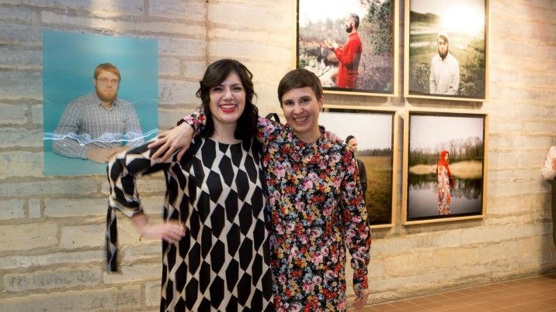 GALERII | Fotograaf Annika Haas avas näituse Eesti moslemikogukonnast