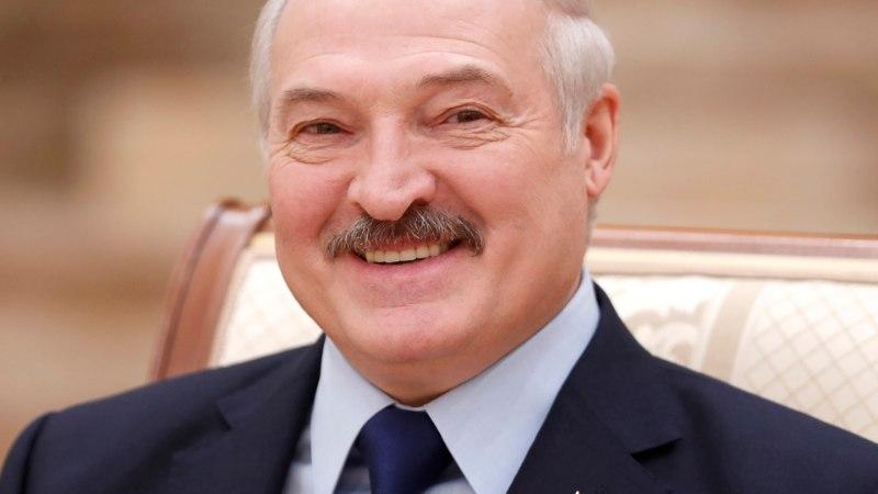 Лукашенко хочет поставлять нефть в Белоруссию через страны Балтии
