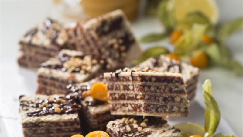 NÄDALAKOOK! Pähkli-meetäidisega vahvlitort, nagu lapsepõlves!