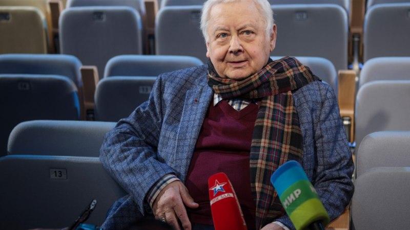 Ученица Табакова заявила, что он домогался ее
