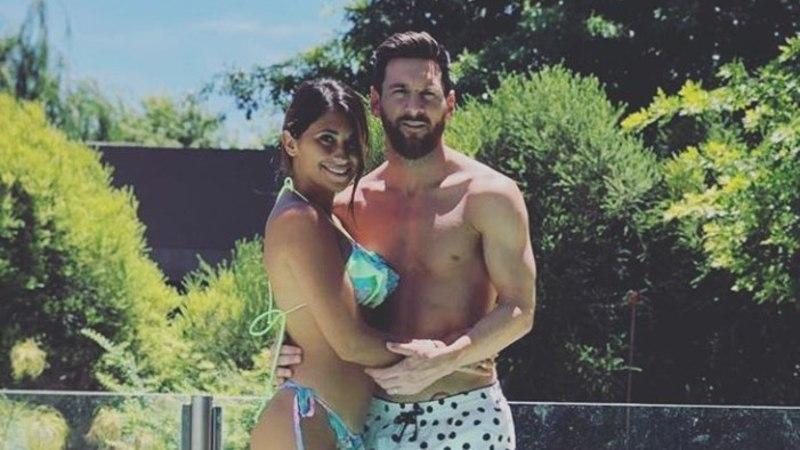 Lionel Messi puhkus: Argentiina päike, tantsud naise Antonellaga, jõuluvana ja... ei mingeid treeninguid!