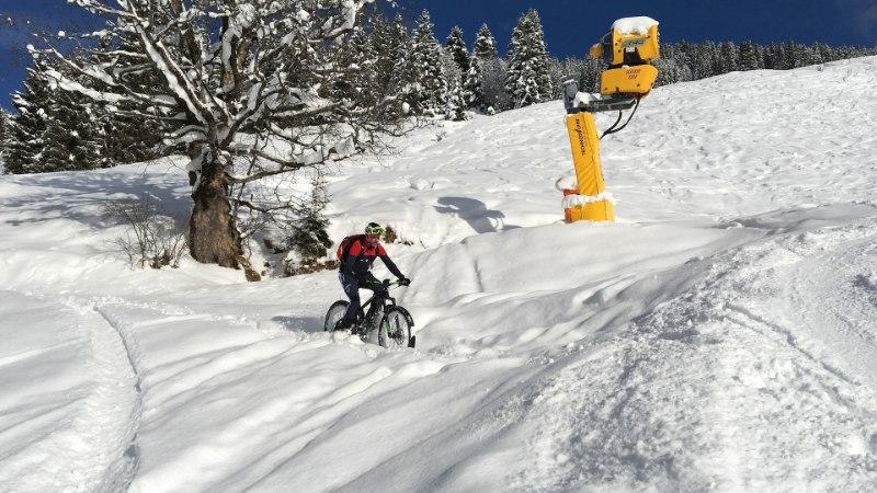 Rattasõidu ABC: kuidas talvel velotamisest täiel rinnal rõõmu tunda?