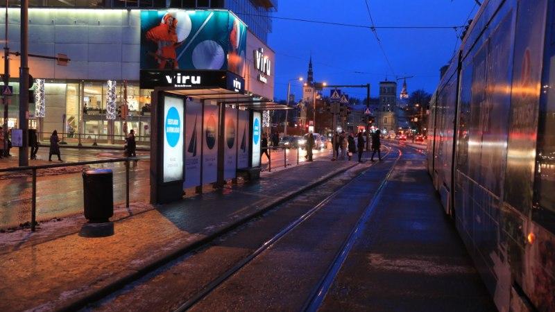 FOTOD | Eesti 200 vahetas skandaalsed plakatid uute vastu välja