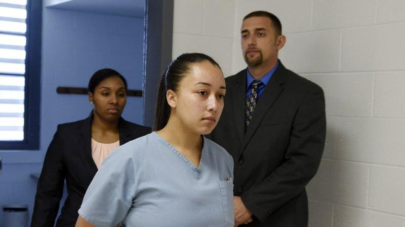SAI ARMU: alaealise lõbutüdrukuna kliendi tapnud naine vabaneb vanglast