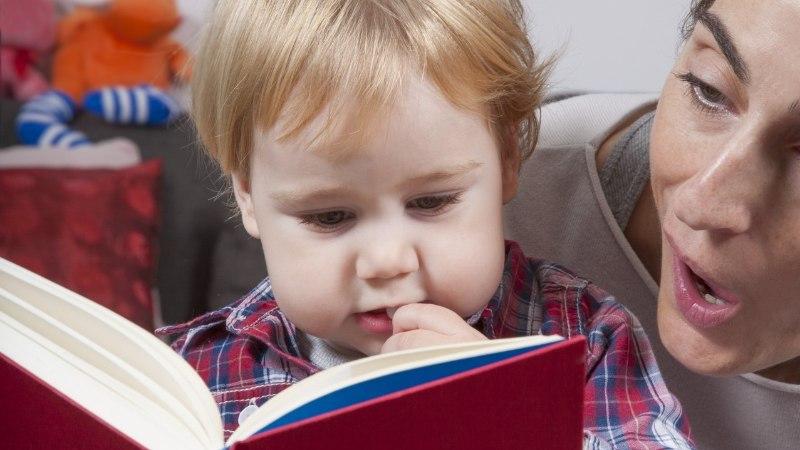 Kaheksa tegevust, mis aitavad lapsi raamatute maailma juhatada