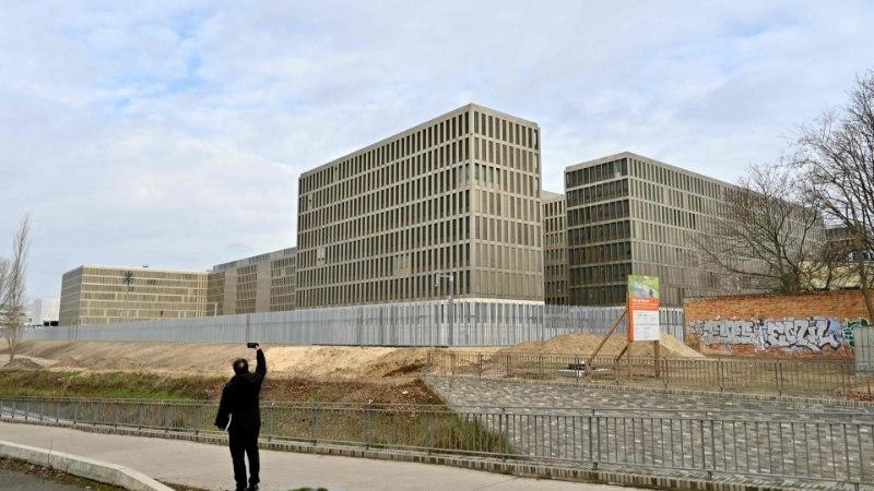 Sakslased avasid Berliinis maailma suurima luurekeskuse
