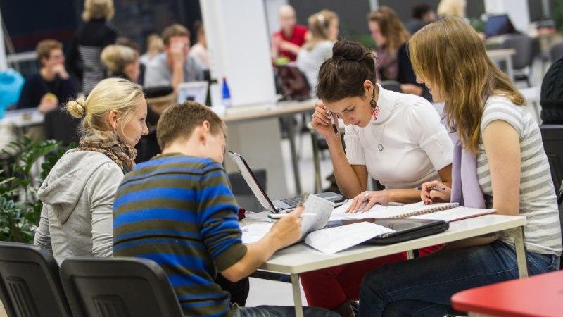 PILK PARTEIDELE | Üliõpilaste liit: rohelised soovivad laiendada tasuta kõrgharidust. EKRE tahab kehtestada sunnismaisust