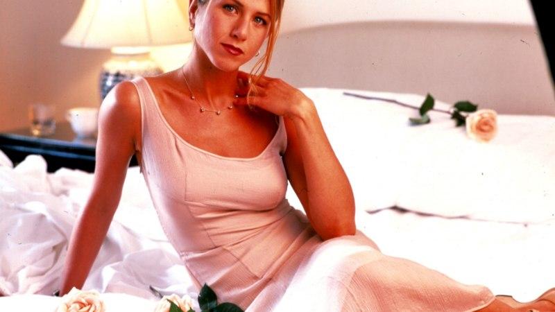 SALADUSED PALJASTATUD: loe, kuidas Jennifer Aniston ka oma 50. sünnipäeval nii nooruslik välja näeb!