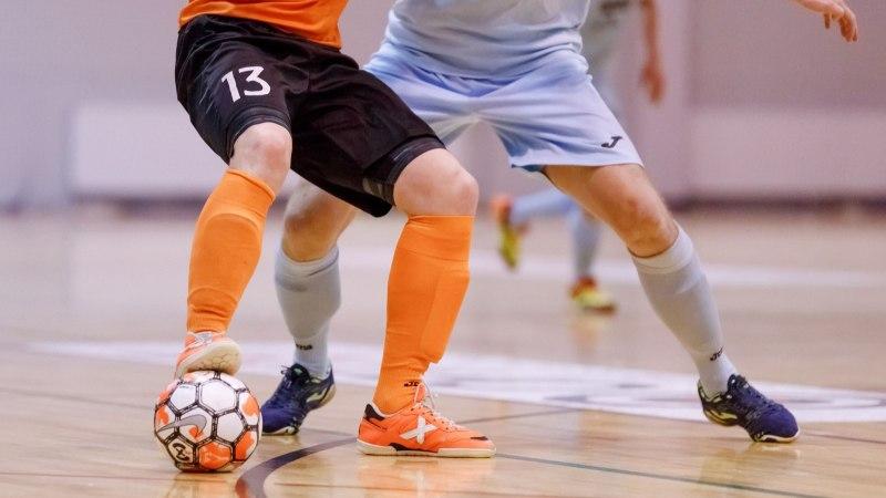 Vastasele rusikaga näkku löönud jalgpallur teenis viieaastase keelu