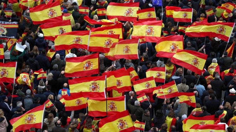 В Мадриде проходят массовые протесты из-за переговоров с Каталонией