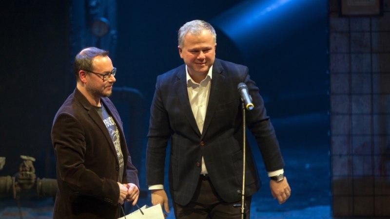 FOTOD   Linnateater jagas kolleegipreemiaid, kõige rohkem etendusi andsid Epp Eespäev ja Kaspar Velberg