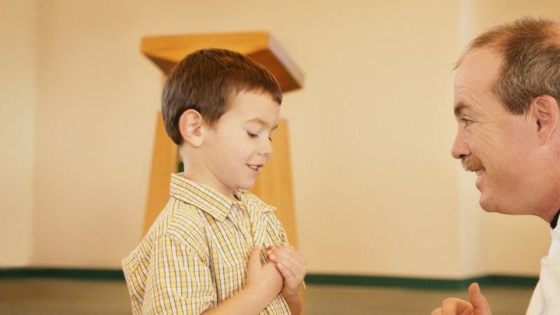 PREESTRITE SALALAPSED: katoliku kiriku pühad isad on tuhandete laste pärisisad