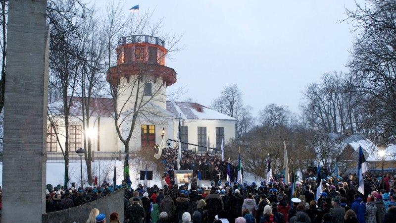 24. veebruar Tartus: lipu austamine, rahvapidu ja kontorimaraton