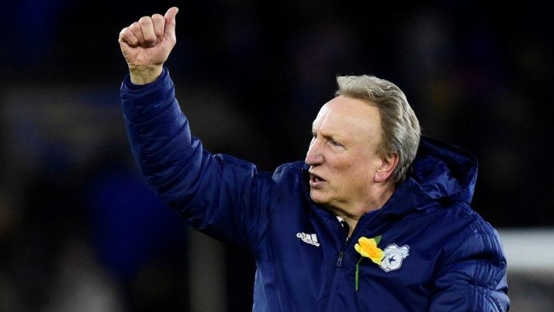 VIDEO   Cardiffi peatreener saatis BBC saatejuhi tumedasse kohta