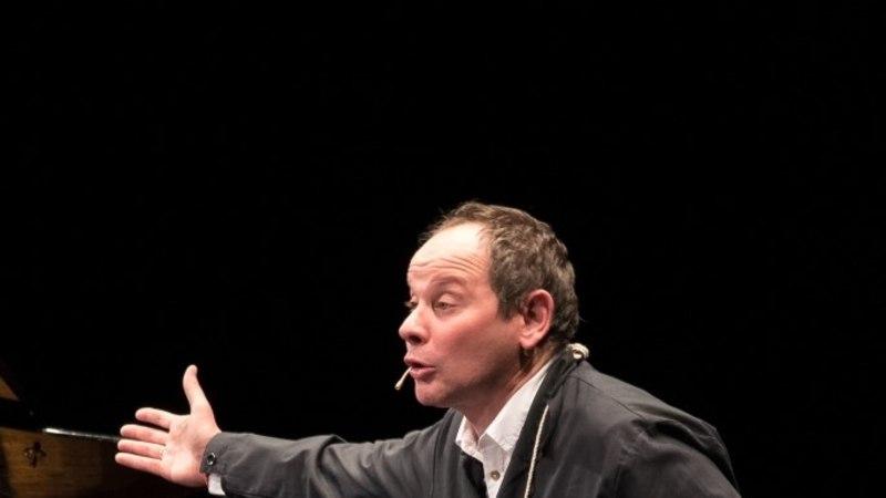 """""""Диалоги"""": уникальный концерт-спектакль актера и джазового пианиста"""
