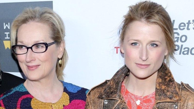 Meryl Streep sai vanaemaks