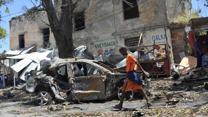 HIRM NOORTEJÕUKUDE EES: Londoni pered saadavad lapsi vägivalla eest Somaaliasse
