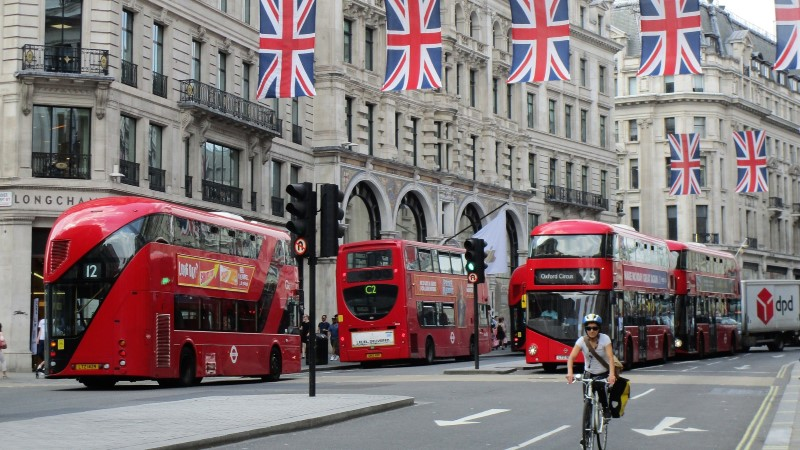 VÄRSKE RAPORT: enim superrikkaid elab Londonis