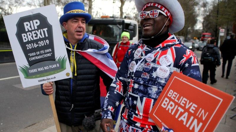 Bloomberg: сделка Терезы Мэй по Brexit мертва