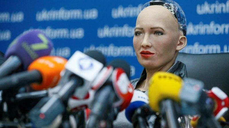 В Таллинн прибыл первый в мире человекоподобный робот София