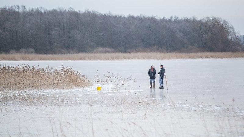 С завтрашнего дня будет ограничен выход на лед Теплого и Псковского озер