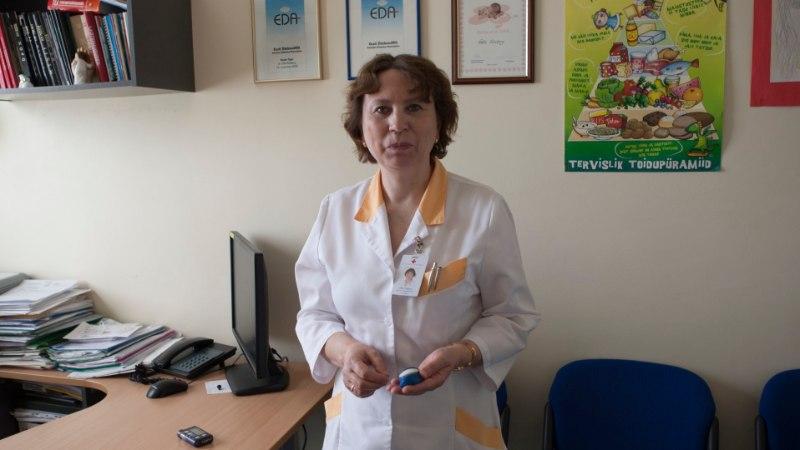 ARST ON MURES: guugeldavad lapsevanemad peavad end sageli arstidest targemaks