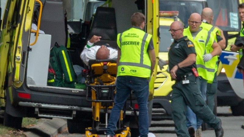 MOŠEETULISTAMISED UUS-MEREMAAL: tapja tegi tulistamisest otseülekande, vähemalt 49 inimest on hukkunud