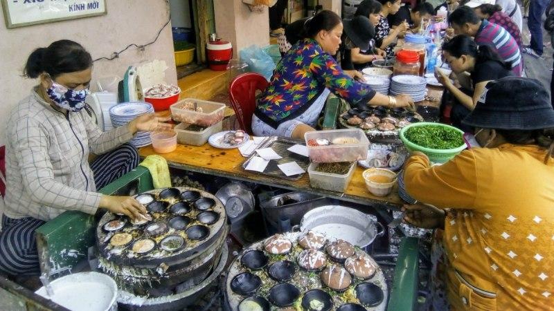 Eestlanna maitseelamused Vietnamis: lisaks suppidele-kookidele olen krõbistanud grillitud siidiussi ja järanud vintskevõitu krokodilli