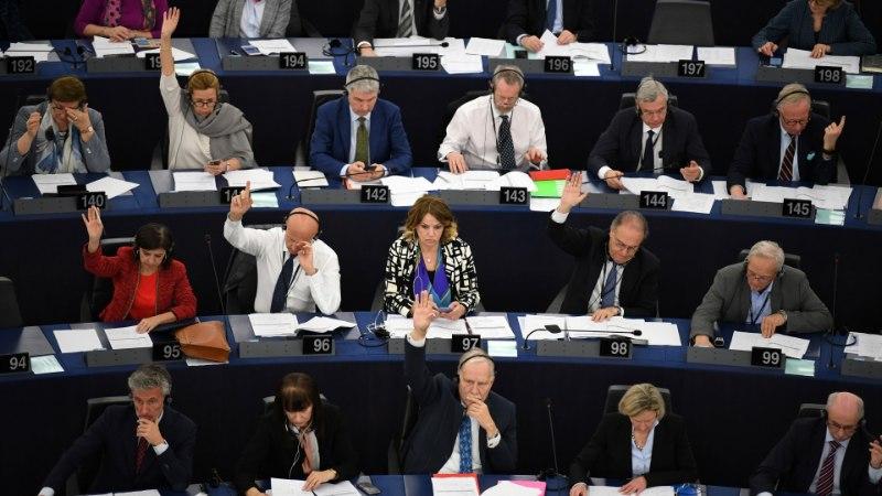 """""""VAJUTASIME VALET NUPPU"""": autoriõiguste direktiivi hääletusel tekkis segadus"""