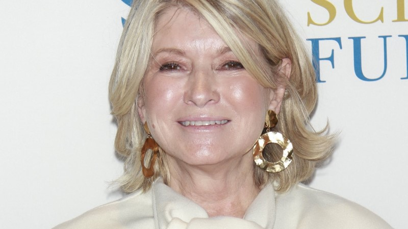 ÄRA NII TEE! Kokandusdiiva Martha Stewart sakutab grillida mitteoskavaid mehi