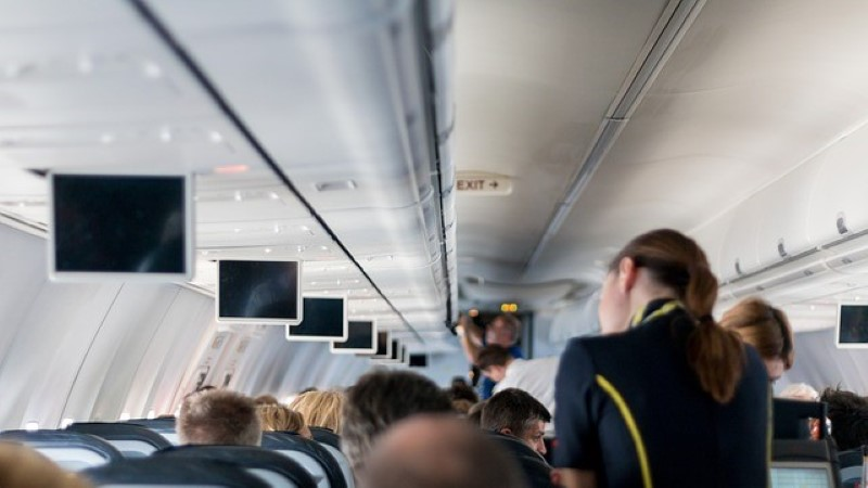 8 asja, mida sa ei peaks iial stjuardessile ütlema