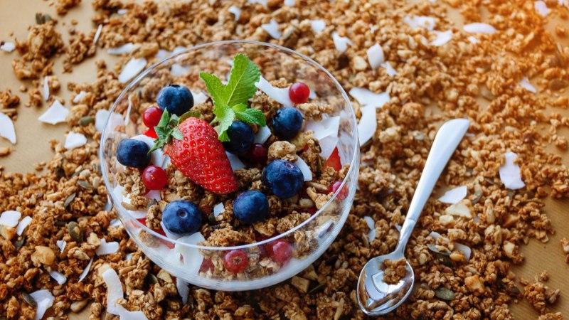 VAATA OMA HARJUMUSED ÜLE! 7 lihtsat muudatust, mis aitavad kergemini kaalust alla võtta