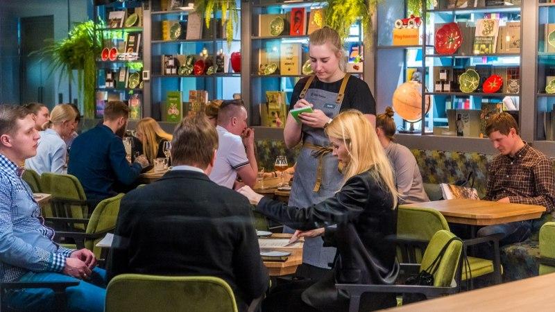 VAATA INTERJÖÖRI   Raamatud restoranis ja restoran raamatute keskel. Rahva Raamat avas Telliskivis uue hubase resto ja poe