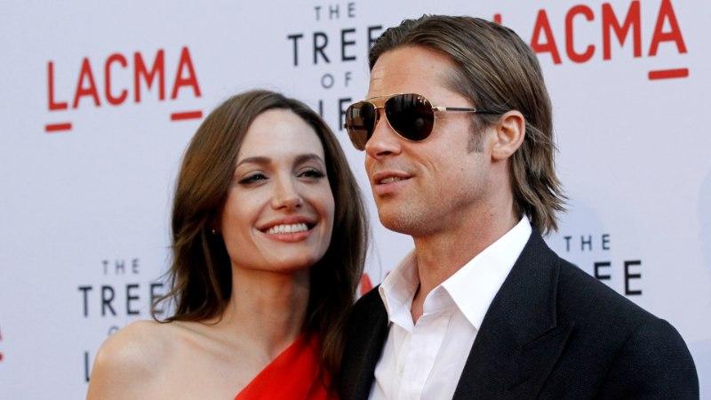 USKUMATU LUGU: Angelina tahab Bradi tagasi!