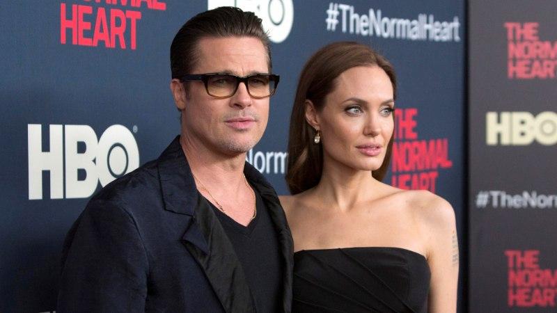 Angelina Jolie loobus perekonnanimest Pitt