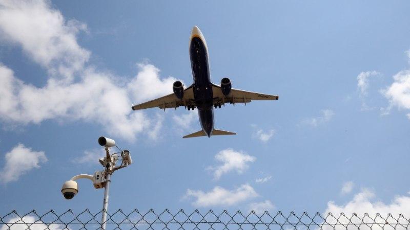 Забастовки в весенние праздники угрожают пассажирам в Испании