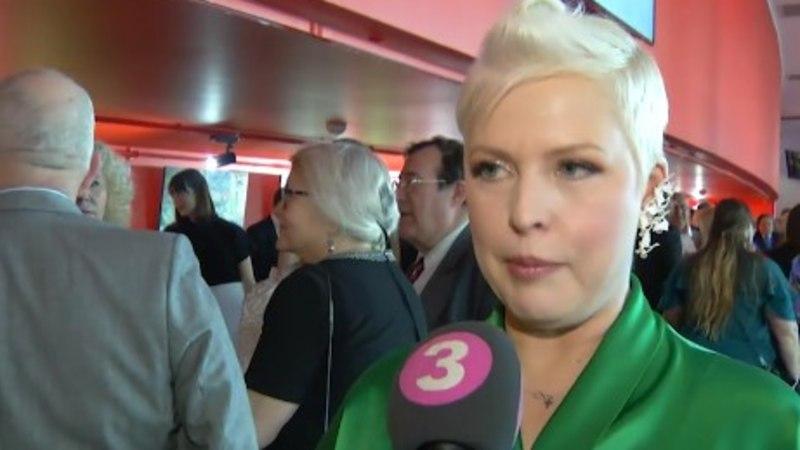 TV3 VIDEO   Muusikust kallimast lahku läinud Evelin Ilves väisas EFTA galat salapärase härra seltsis