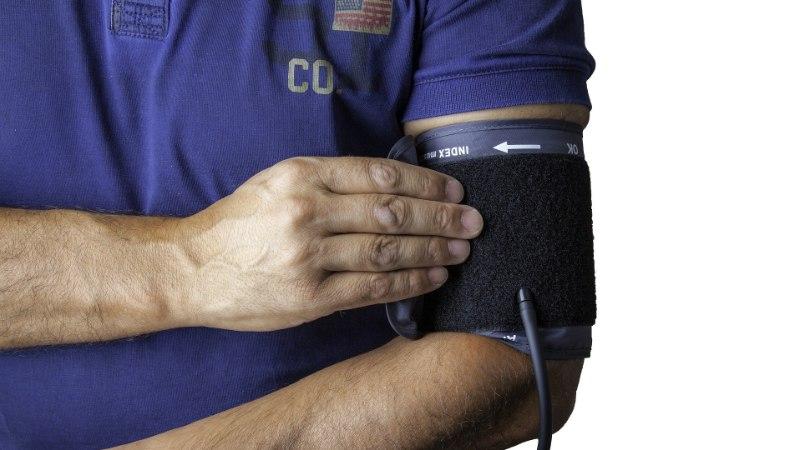 OSTUJUHT | Kuidas valida usaldusväärset vererõhuaparaati?