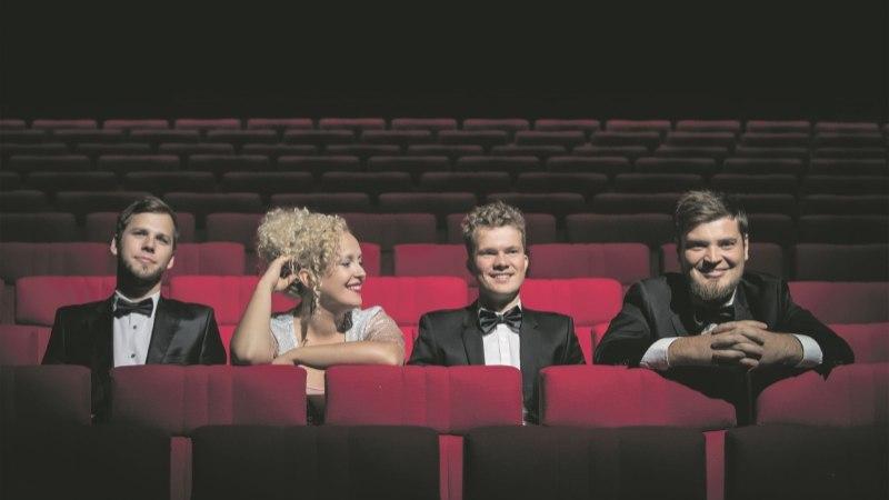 Curly Stringsi liikmed: pärast laste sündi saame bändiproovis tunniga tehtud rohkem kui varem