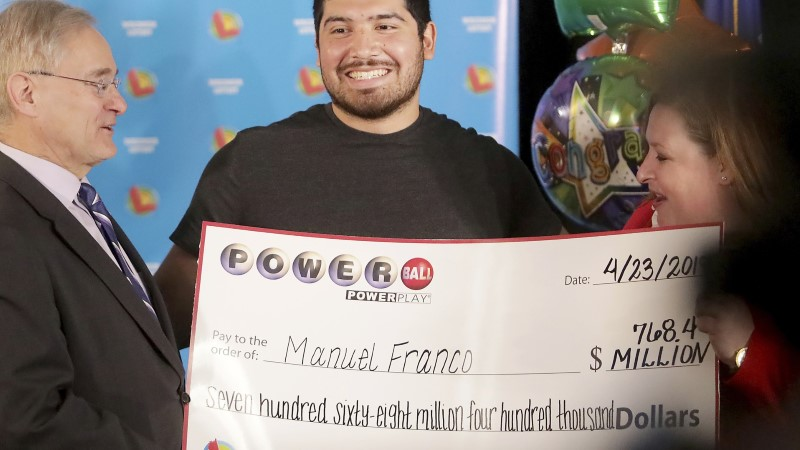 ERAKORDNE ÕNN: 24aastane mees võitis lotoga 768 miljonit dollarit