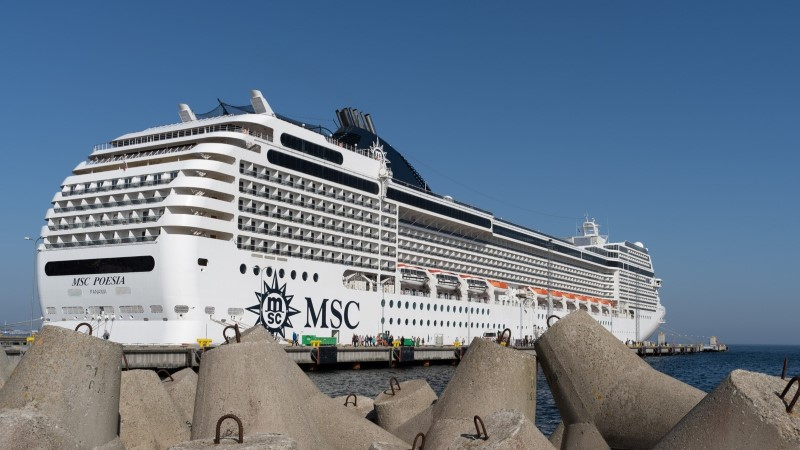 GALERII |Tallinna jõudis hooaja esimene kruiisilaev
