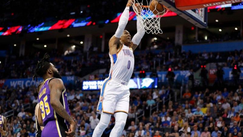 Russell Westbrook kordas NBAs legendi 51 aasta tagust hullumeelset saavutust
