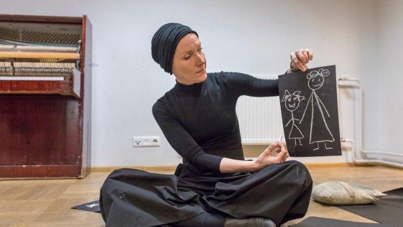 Aasta naisnäitleja Tatjana Kosmõnina: lavastaja valib oma meeskonda mõttekaaslasi, mitte neid, kellega barrikaadidel võidelda