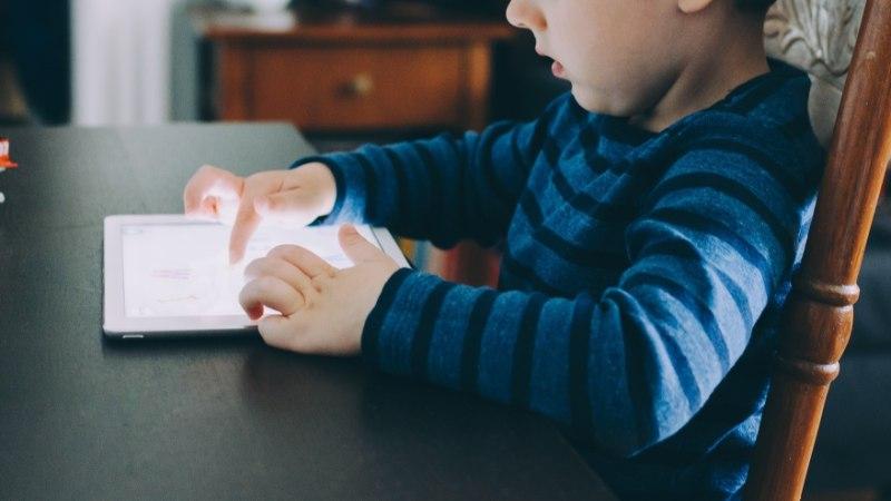 IKKA JUHTUB: laps lukustas isa tahvelarvuti 47 aastaks