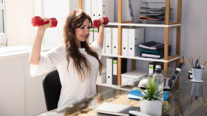 AINEVAHETUS TÖÖLE: seitse harjumust, mis aitavad vormis püsida