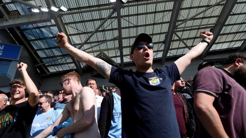 FOTOD | TŠEMPIONID! Manchester City mängis pöidlahoidjate närvidega, kuid meistritiitlit käest ei andnud