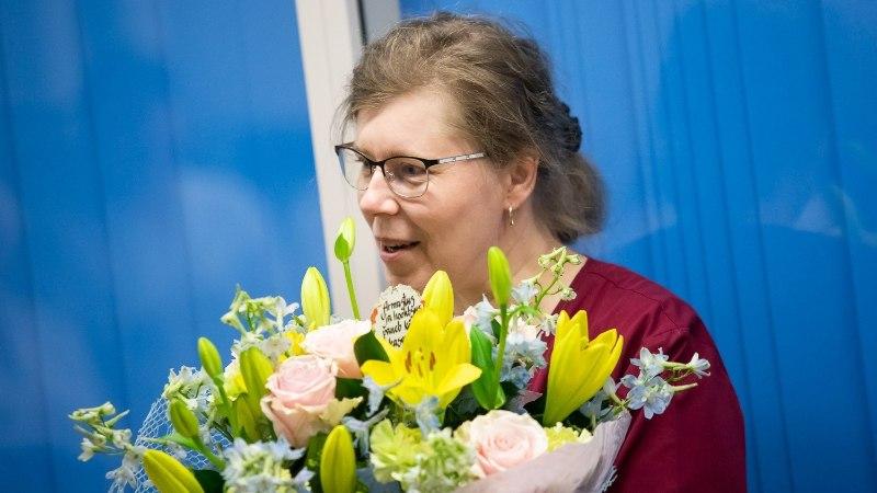Эта женщина проработала в больнице 27 лет и стала медсестрой года (ФОТО)