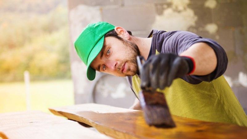 Kasulikke nippe ja nõuandeid: kuidas värvida puitfassaadi?