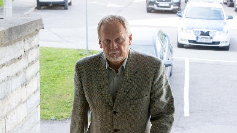 Riigikogu võttis kohtu all olevalt Kalev Kallolt saadikupuutumatuse