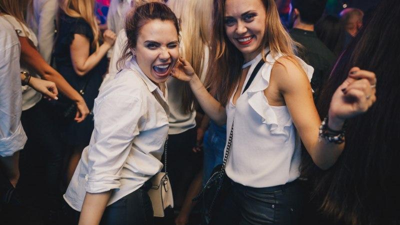 PEOGALERII | Suur vallaliste möll lõi Tallinna ööelu kihama!